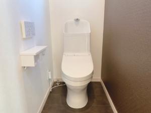 2階のトイレはデザイン性◎